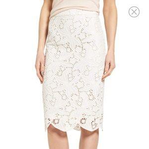 Halogen Lace Scallop Pencil Skirt
